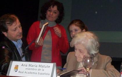 Ana María 600