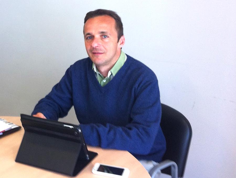 Periodistas Héctor González