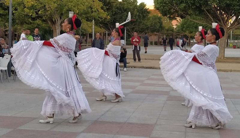Presentación Ballet Folclórico UAA en Valencia